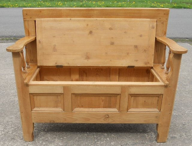 Pine Hall Settle Bench, Storage Box Seat - SOLD